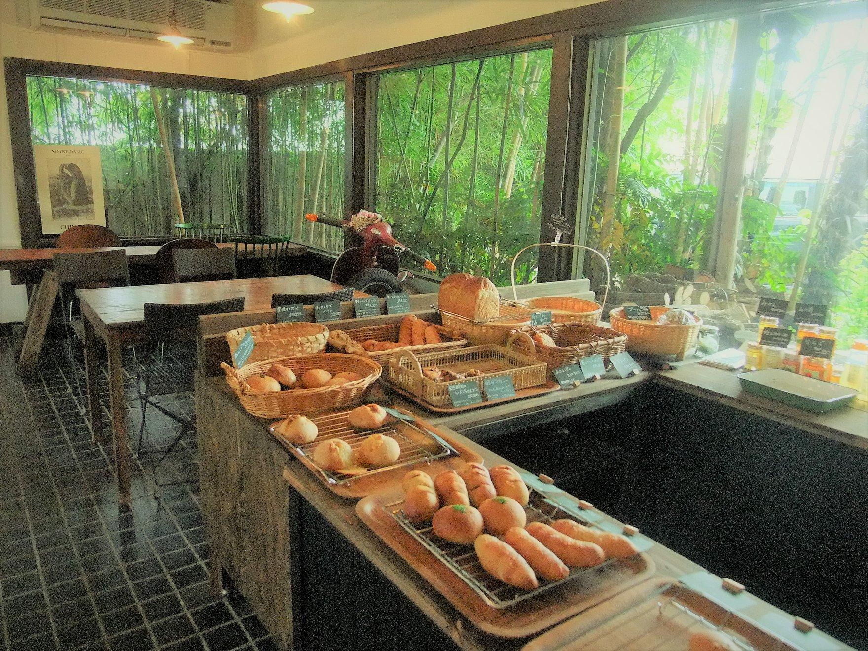 セラヴィの隣町にオープンしたパン屋さん